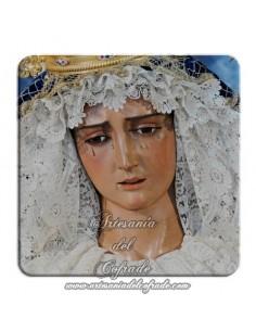 Imán cuadrado de plastico de un primer plano de la Virgen de la Hiniesta (Sevilla)