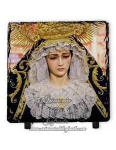 Baldosa de pizarra cuadrada de la Virgen de la Soledad (Servitas,Sevilla)