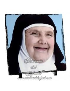 Baldosa de pizarra cuadrada de la Hermana Cristina de San Fernando - Cádiz