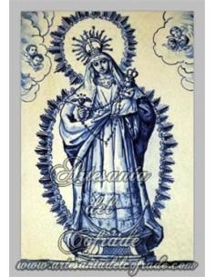 Precioso azulejo rectangular de la Virgen con el Niño Jesús en brazos.