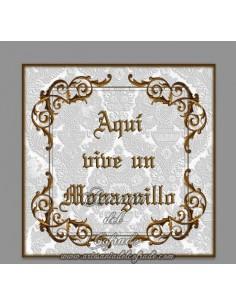 """Azulejo Cofrade con el texto """"Aqui vive un Monaguillo"""" solo en venta en nuestra tienda de articulos religiosos"""