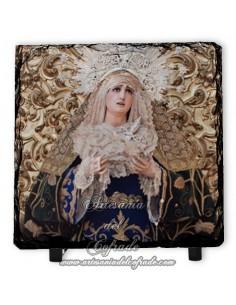 Baldosa de pizarra cuadrada de la virgen de la Soledad de San Lorenzo (Sevilla)
