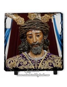 Baldosa de pizarra cuadrada del Cristo de la Sentencia (La Macarena, Sevilla)