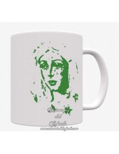 En venta taza con el rostro de la virgen de la Macarena de Sevilla